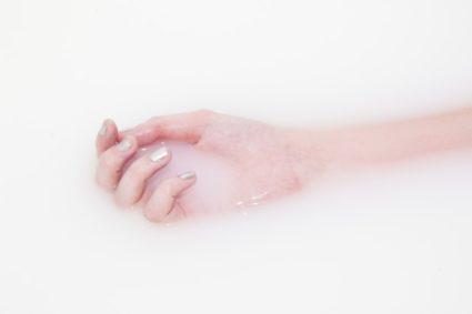 Ванны помогут восстановить здоровье роговых пластинок