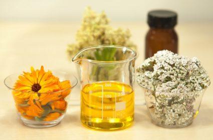 Некоторые масляные жидкости можно приготовить дома