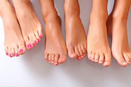 Здоровые ножки выделяются