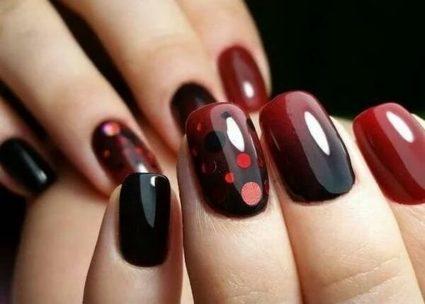 Вариаций дизайна ногтей можно придумать множество