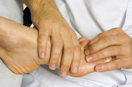 Ноготки страдают от ушибов, как и другие части тела