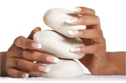 Природные вещества будут весьма полезны в укреплении ногтевых покровов