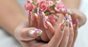 Акриловые ногтевые пластины выглядят великолепно
