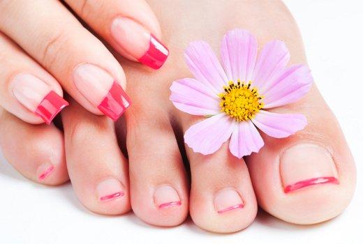 Розовое ногтевое ложе является синонимом здоровья