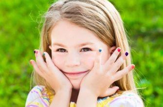 Детский маникюр требует осторожности и аккуратности