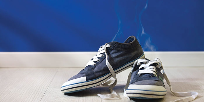 Немаловажной частью профилактики грибковой инфекции является обработка обувных изделий